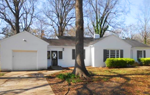 An example of Clarksdale home on the market in the $50K - $100K price range.